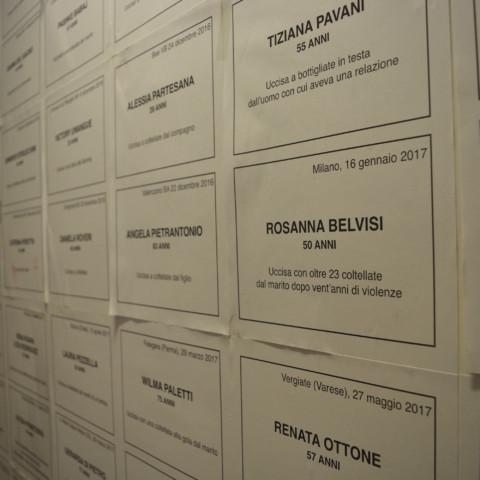 Tout un mur est dédié aux femmes décédées suite à des violences./©Émilie Garcia
